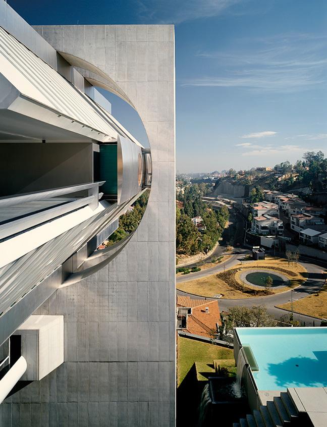 Residence in Mexico City by Agustin Hernandez Navarro, Mexico 1988. Image © Tim Street- Porter