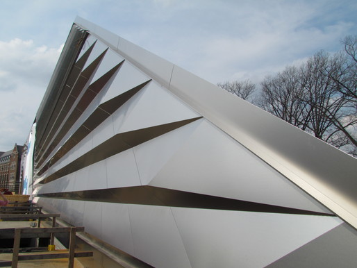 Broad Museum by Zaha Hadid Architects photo by hsolie