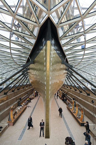 bow of the restored Cutty Sark photo by Nils Jorgensen_Rex Features