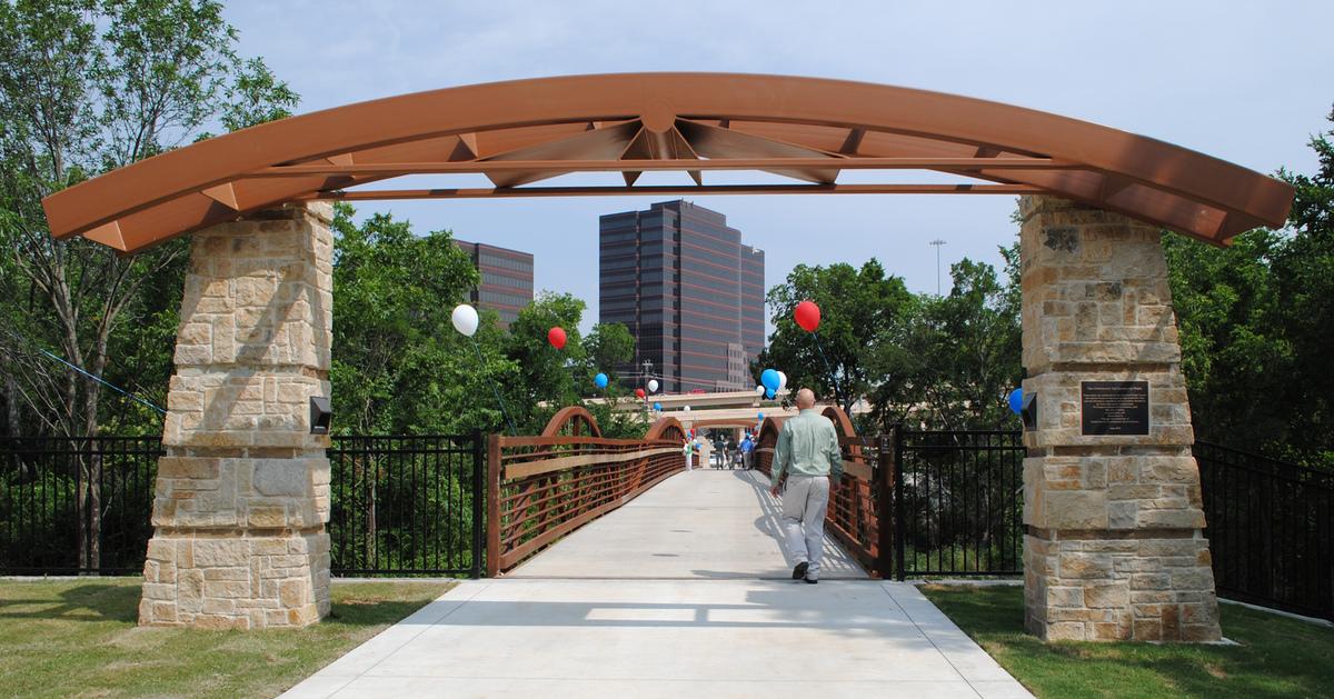 Cottonwood Trail Bridge Gateway-1