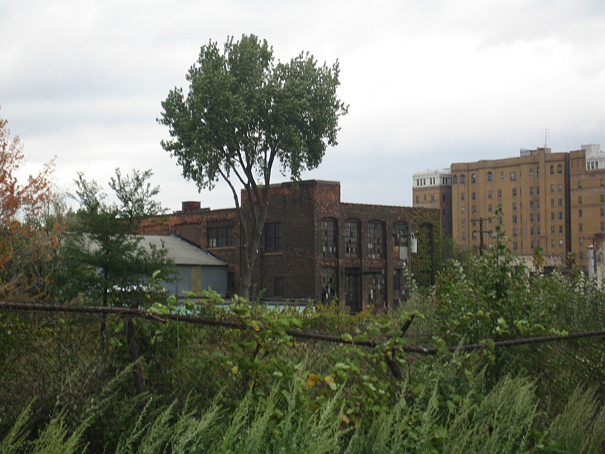 East side Detroit abandoned factory