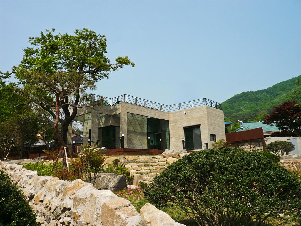 House of San-jo Photo 22