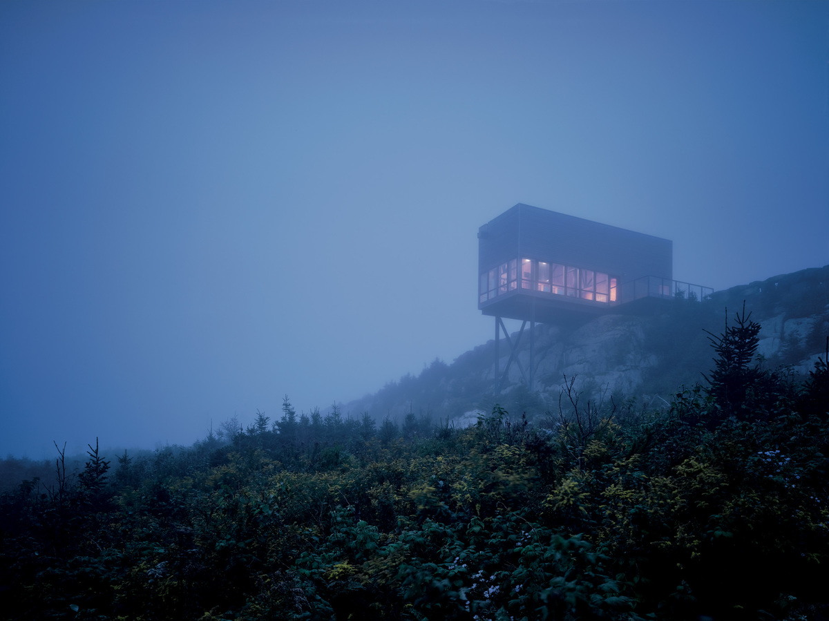 Cliff House, Tomlee Head, Nova Scotia, 2008 / Photograph: James Brittain
