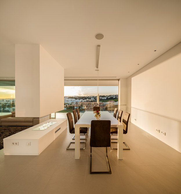 Villa Escarpa by The Oakridge Partnership Ltd, Planika fireplace