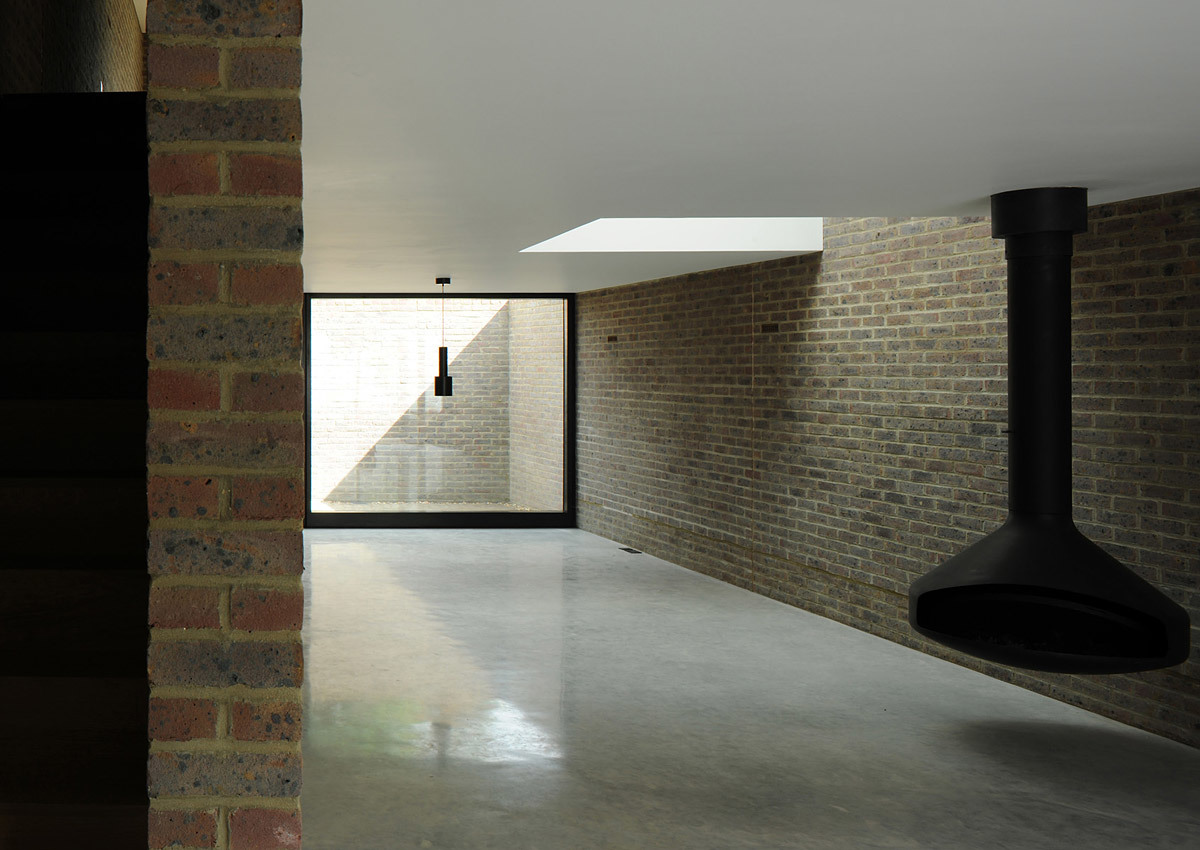 Winner of the Stephen Lawrence Prize 2012: Kings Grove, London SE15 (private house) by Duggan Morris Architects (Photo: David Grandorge)