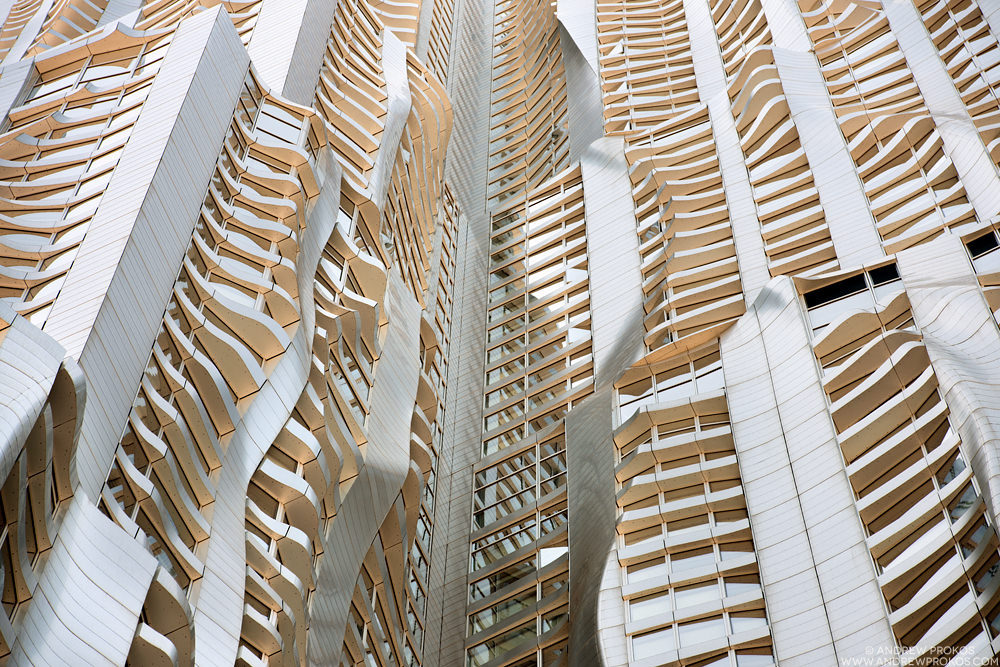 8 Spruce Street NYC. Architect: Gehry Partners LLP © Andrew Prokos