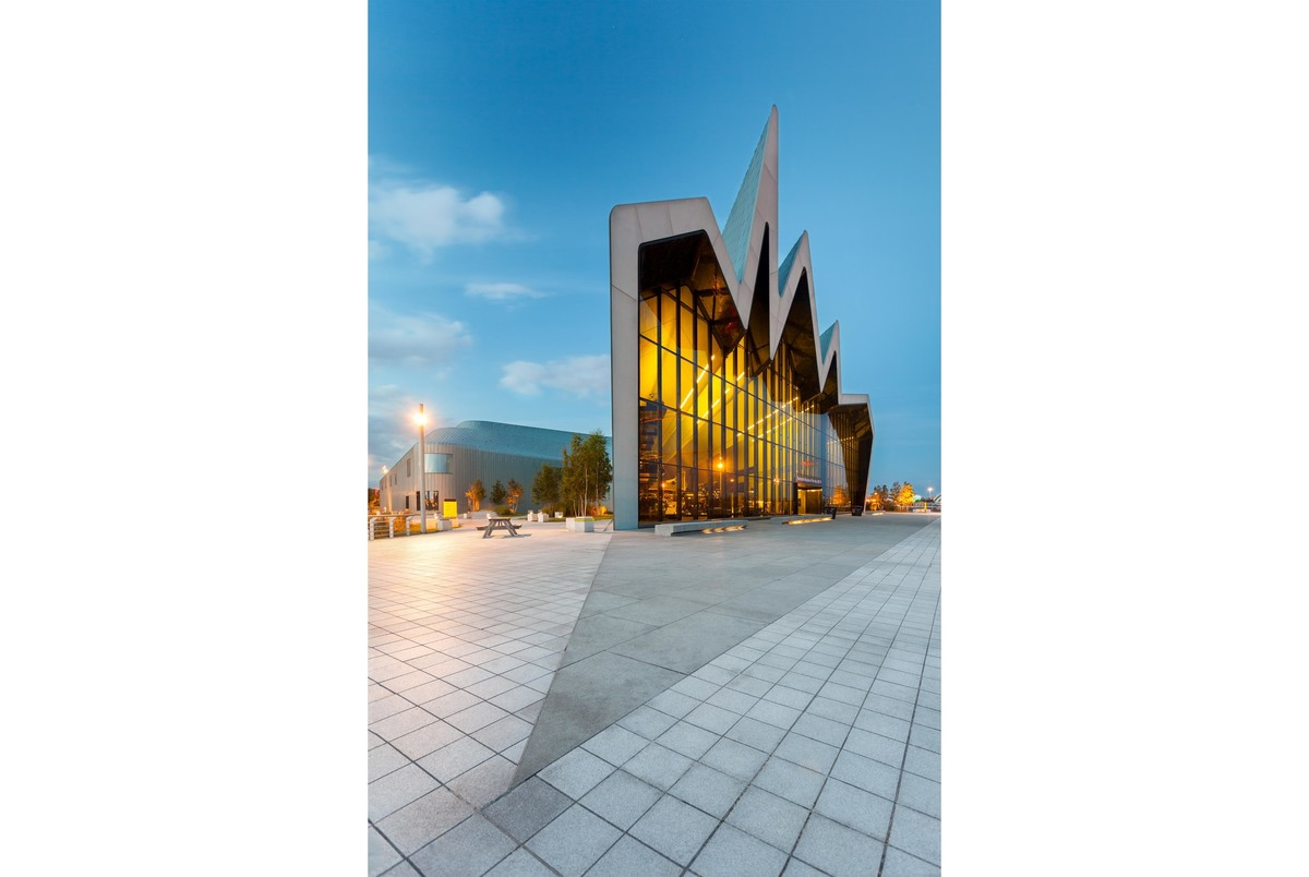 Glasgow Transport Museum by Zaha Hadid Architects