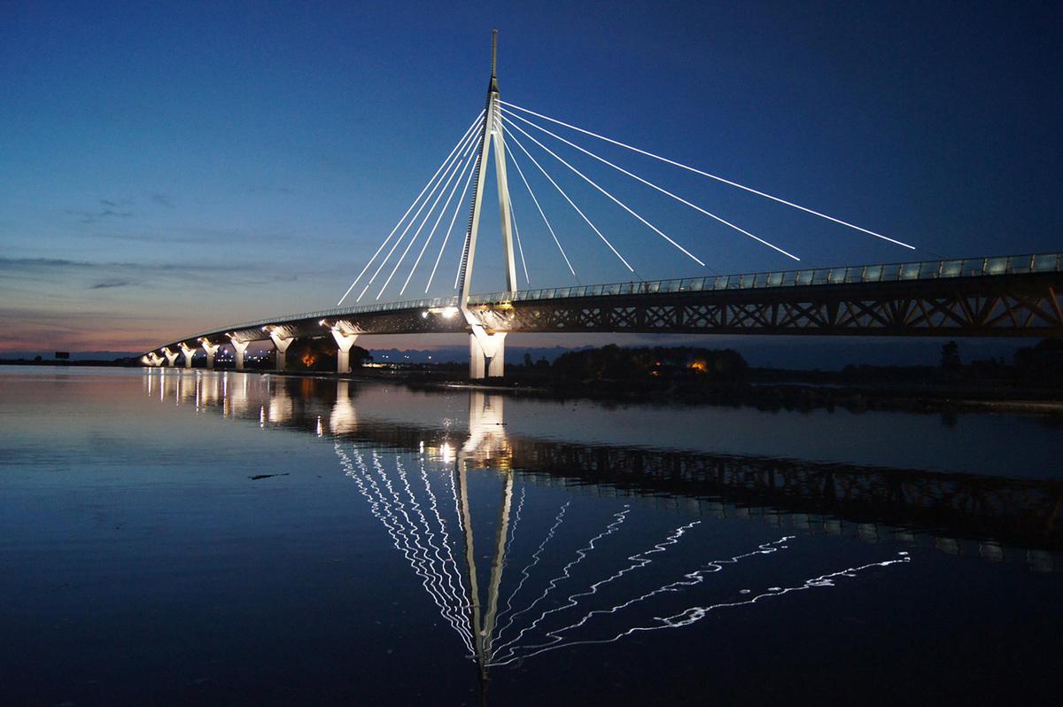 Shortlisted: The Anaklia-Ganmukhuri Pedestrian Bridge, Anaklia, Georgia; Photo: CRP