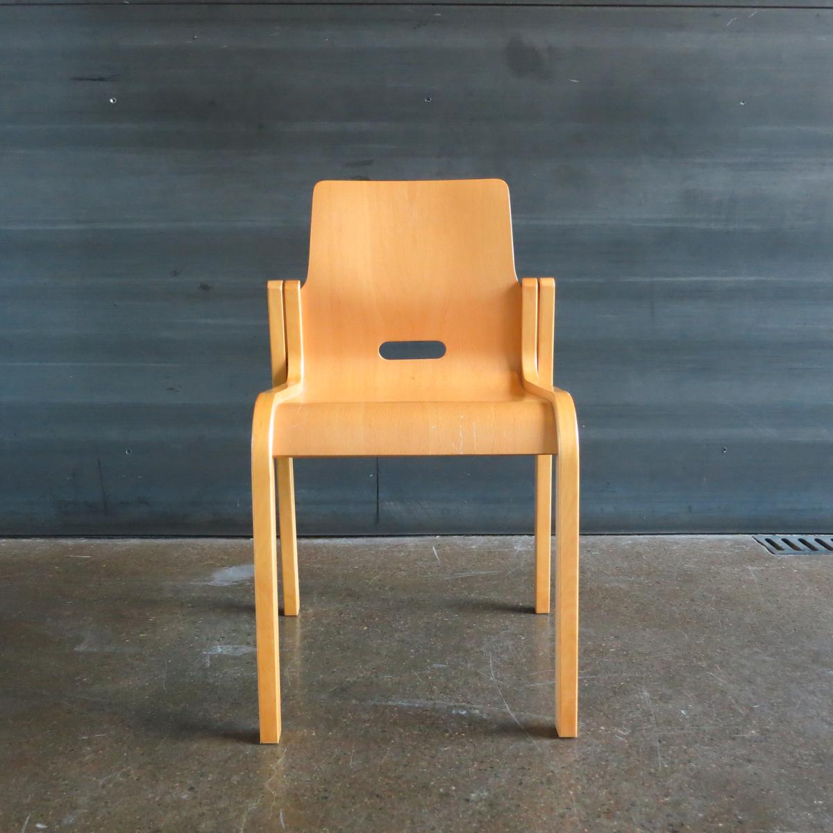 Our Kari 3 Chair, photo by Jennifer Wong