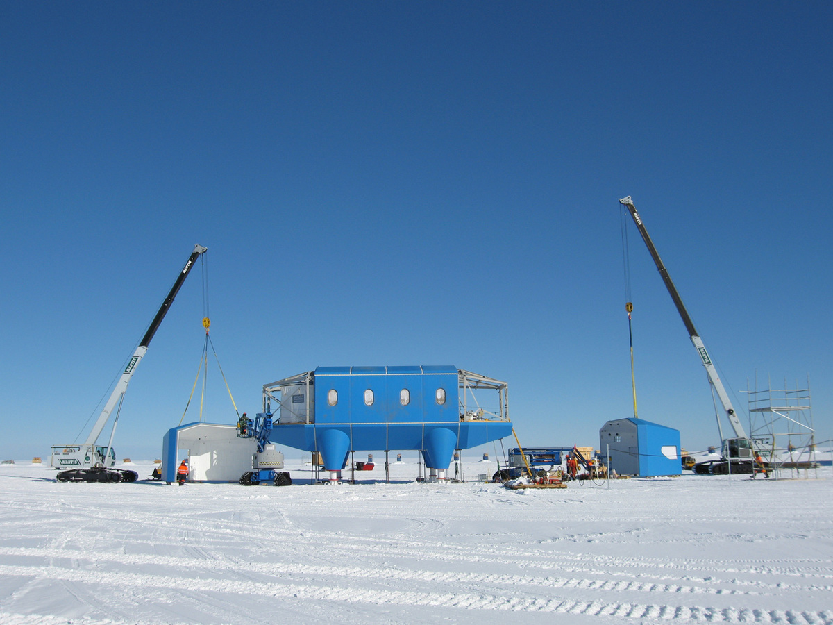 Shortlisted: The Halley VI Antarctic Research Center, Antarctica; Photo: AECOM