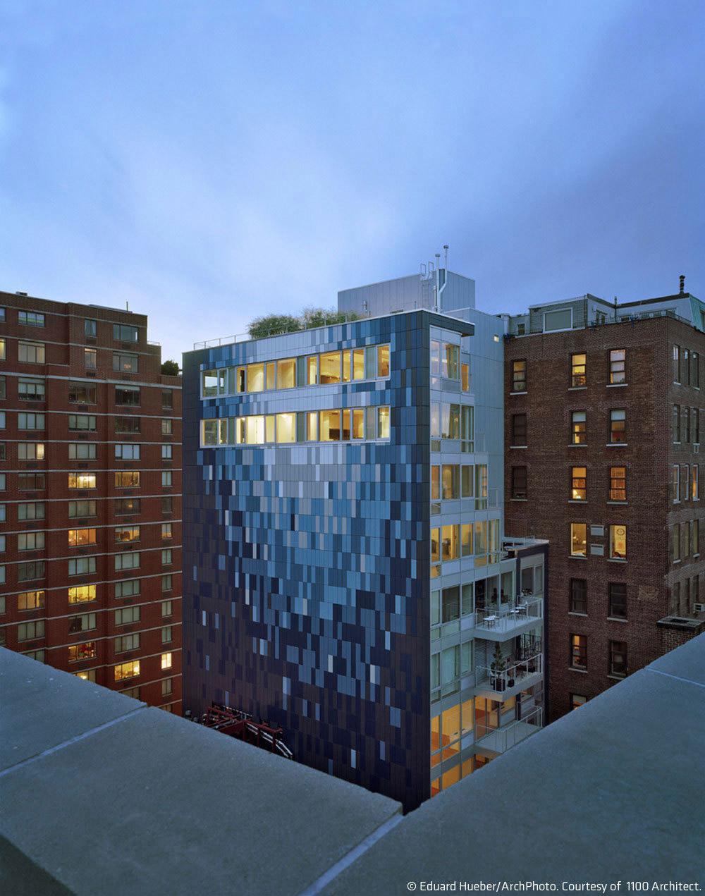 Avant Chelsea in New York City by 1100 Architect (Photo: Eduard Hueber/ArchPhoto)