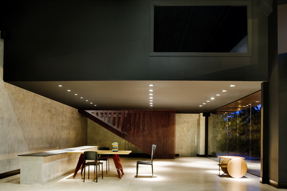 Showroom de carros de luxo by 1:1 arquitetura:design