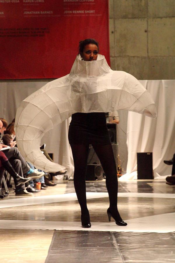 Fashion Schau by Adam Welker