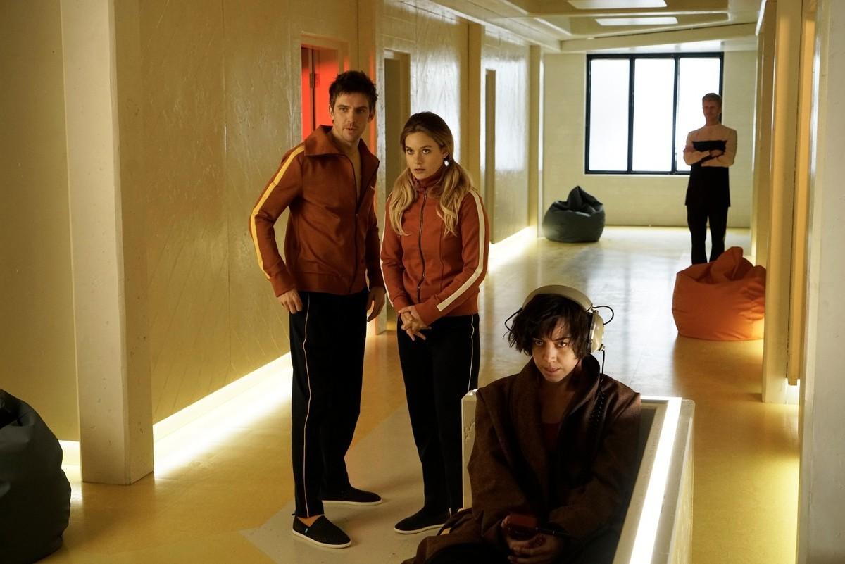 Dan Stevens as David Haller, Rachel Keller as Syd Barrett, Aubrey Plaza as Lenny