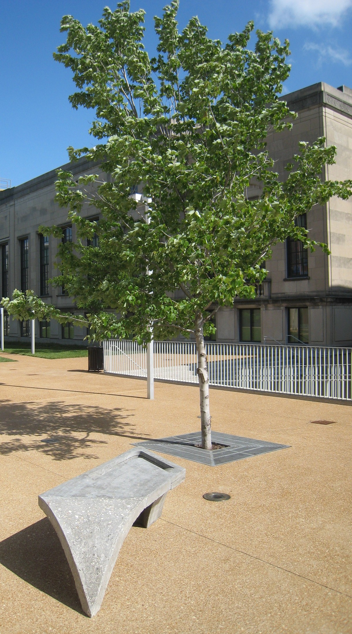 Noguchi Bench_Sam Fox School of Design Courtyard