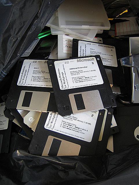 Floppy Be Gone by psd