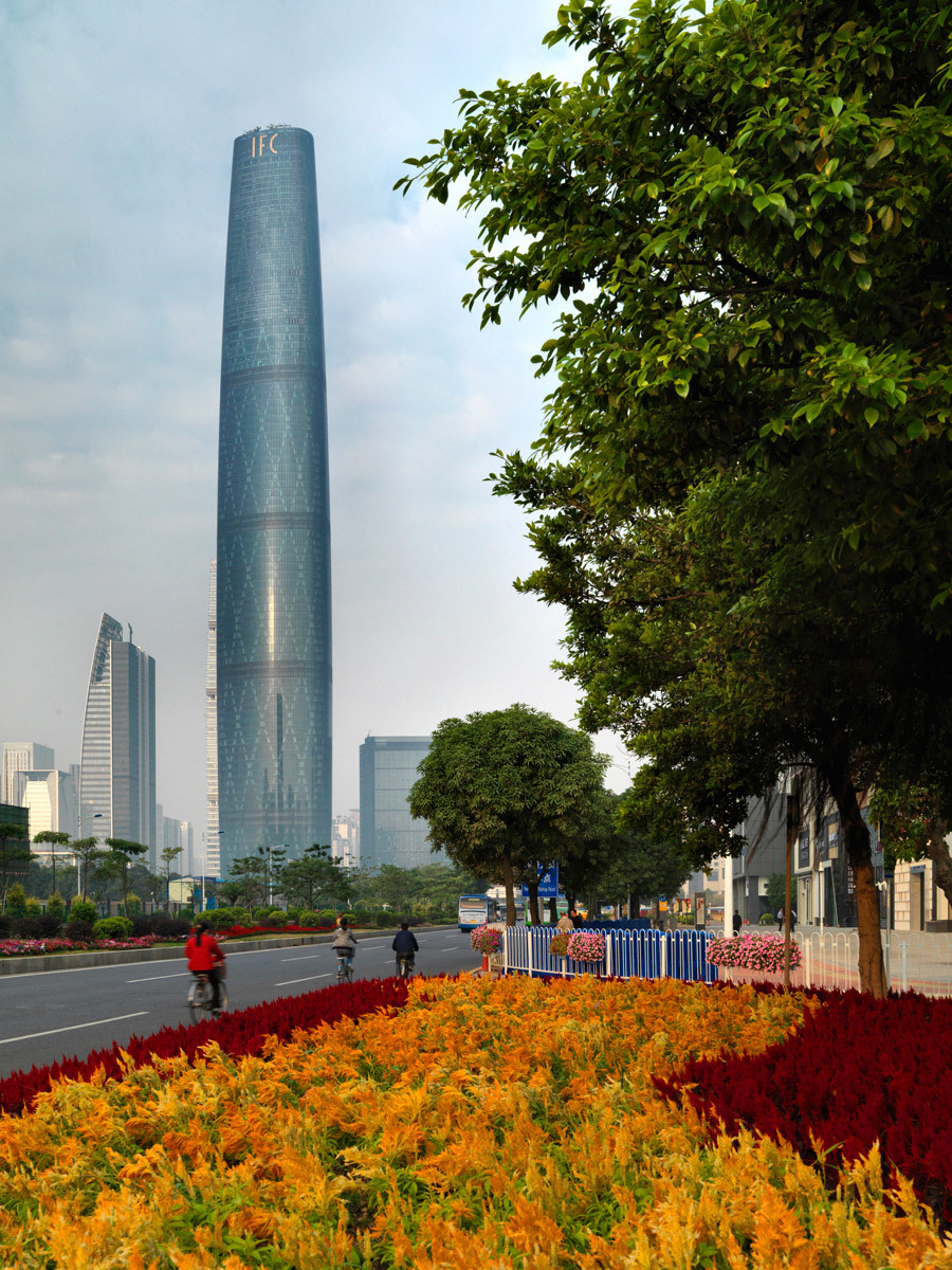 Winner of the 2012 RIBA Lubetkin Prize: Guangzhou International Finance Center in China by Wilkinson Eyre Architects (Photo: Jonathan Leijonhufvud)