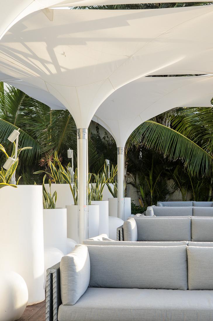 Beach deck lounge