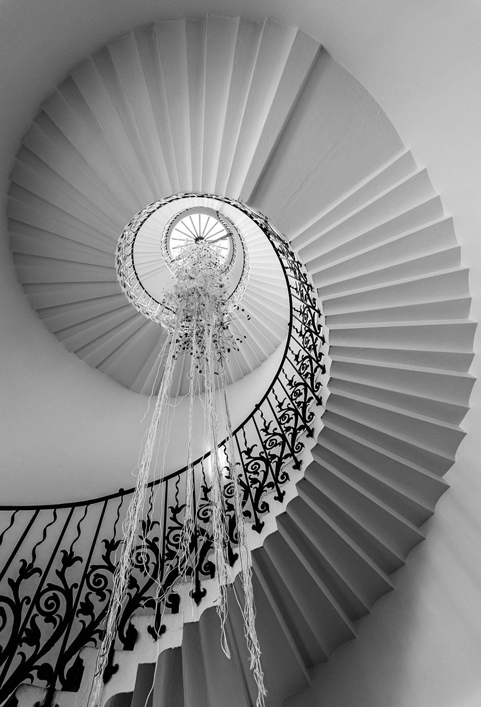 The Tulip Staircase, Queen's House, London. Architect: Inigo Jones. © Edward Neumann / EMCN