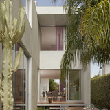 734 Nowita Place in Venice, CA by Carson Architects (Design & Project Management: John Mulcahy)