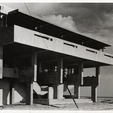 Lovell Beach House (Schindler, 1926) via MAK Center