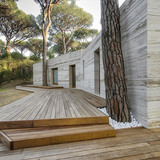House in a pinewood in Marina di Castagneto Carducci, Italy by sundaymorning and Massimo Fiorido Associati
