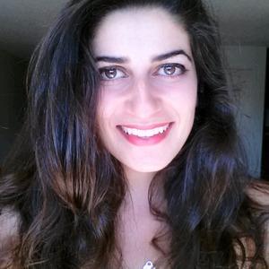 Ava Ghiassi