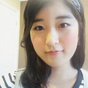 Sung Hee Lee