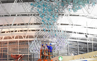 Sam Fox Architecture students install 'Spectroplexus' at St. Louis Lambert International Airport