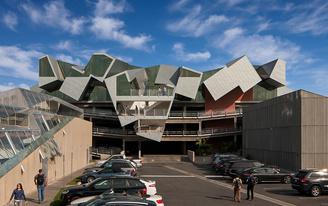 Closer look at the Eric Owen Moss-designed Pterodactyl Office, a 2017 IDEAS2 National Steel Design Award winner