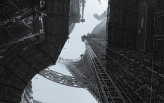 Stunning construction photos of Zaha Hadid Architects' Leeza SOHO tower and its record-setting atrium