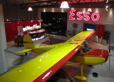 Banman Live-Work Airplane Hangar
