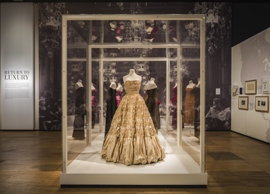 The Glamour of Italian Fashion exhibition