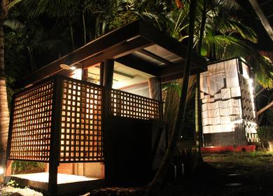 Maui Showerhouse