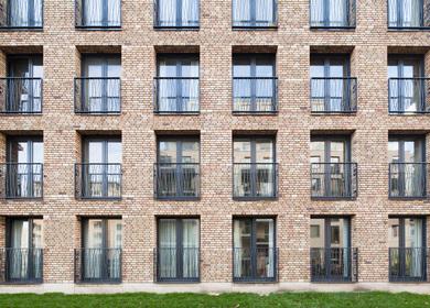 De Halve Maen Apartment Building