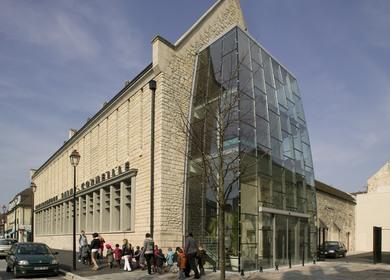 Saint Corneille Library