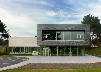 Swimming Center in Oleiros. Estudio de Arquitectura NAOS