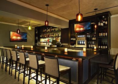 Bel Air Bar & Grill