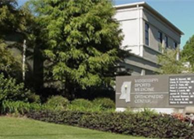 Mississippi Sports Medicine & Orthopaedic Center / MrRI Addition