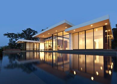 Hamptons Minimalistic House