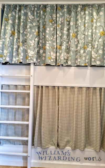 Children's bunkbeds