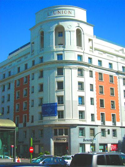 Singular Building Restoration