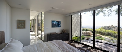 Wolff Residence / Thornton Ladd in Hollywood Hills - Home Remodel