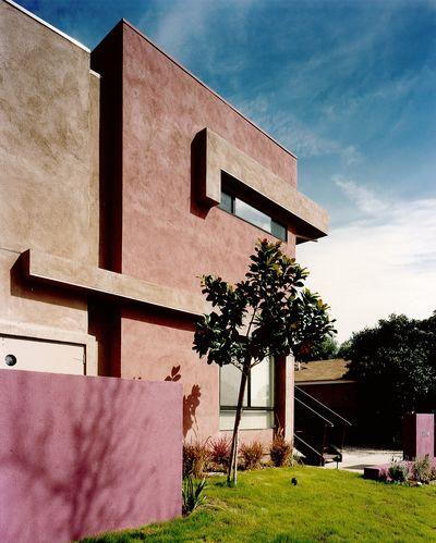Hollister Apartments / 1995-1996
