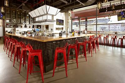 Watermark Bar at Pier 15