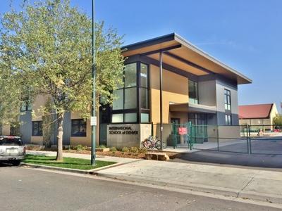 Elementary Classroom Building - International School of Denver