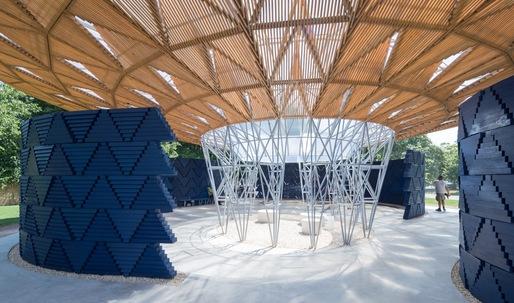 Diébédo Francis Kéré's Tree-Inspired Serpentine Pavilion Fuses Cultural African References with British Construction