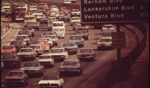 """""""Take the 10 to the 110 to the 101"""": Why Southern Californians say """"the"""" before freeway numbers"""