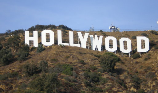 Homeowners fight to block access to the Hollywood sign