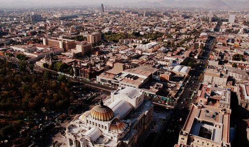 History of the Present: Mexico City